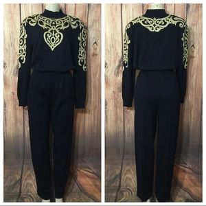 ST JOHN by Mary Gray Ornate Sequin Knit Suit Sz L